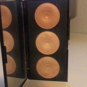 Makeup Revolution Makeup - Makeup Revolution Radiance Palette